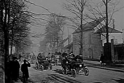 Carrera_automovilistica_1899